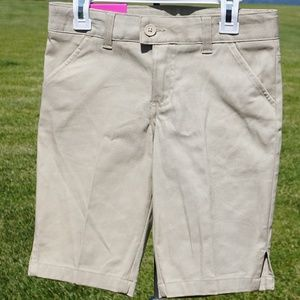 NWT youth size 8 French Toast khaki shorts